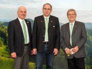 Das Präsidium des Schwarzwaldvereins: Vizepräsident Peter Wehrle, Präsident Georg Keller, Vizepräsident Werner Hillmann (v.l.n.r.). Foto: S. Seyl